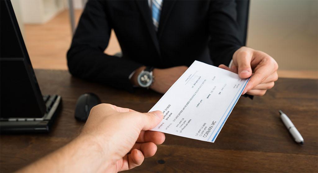blocco stipendi dipendenti pubblici